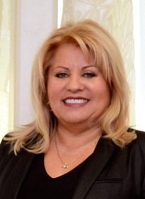Dora Valenzuela